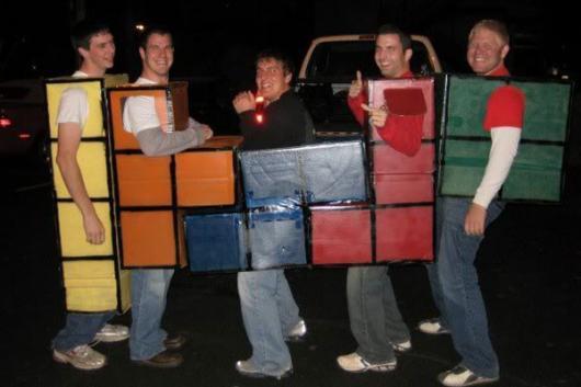 Fantasia em grupo inspirada no Tetris