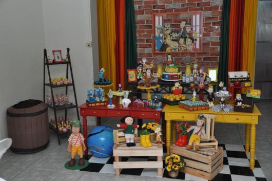 Surpreenda na decoração com vários adereços e muitas cores!