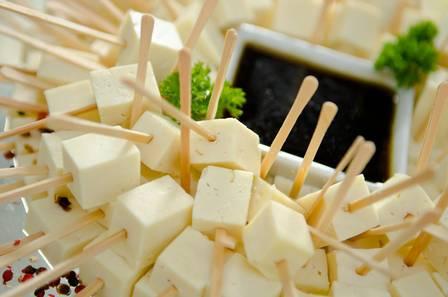 Festa de formatura cardápio queijo no palito