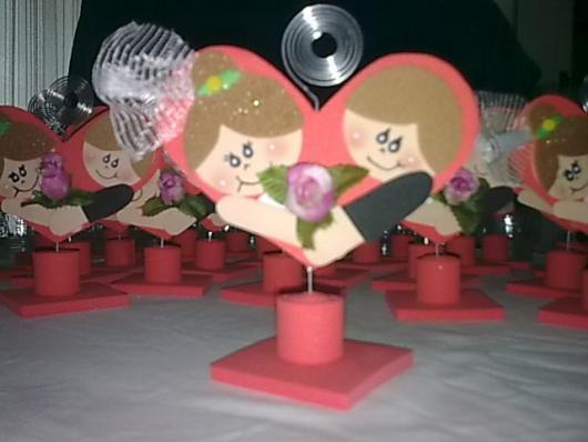 Lembrancinha de Casamento em EVA: casal com porta foto
