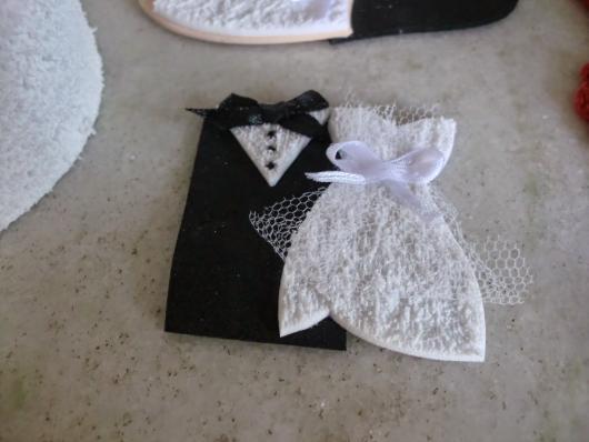 Lembrancinha de Casamento em EVA: terno e vestido