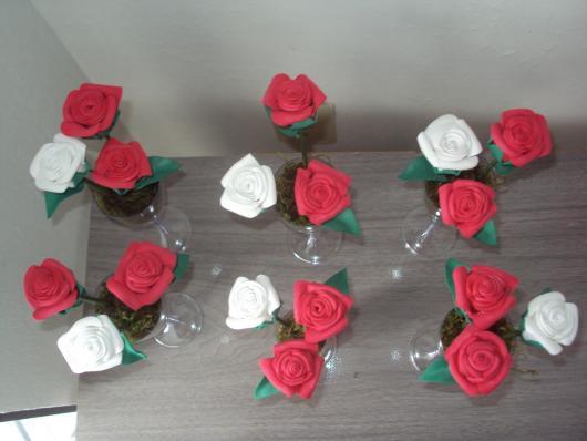 Lembrancinha de Casamento em EVA: arranjo de rosas
