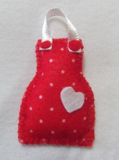 Lembrancinha de Chá de Panela de feltro: avental