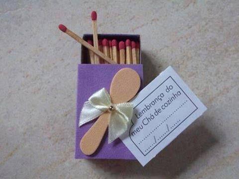 Lembrancinha de Chá de Panela de EVA: caixa de fósforo