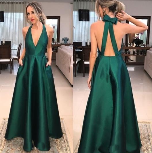 vestido de formatura verde esmeralda costa nua