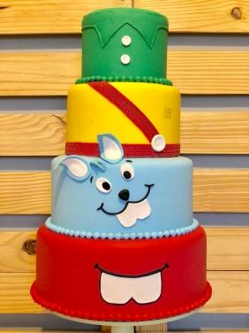 Conheça dicas para você deixar o bolo fake Turma da Mônica mais lindo