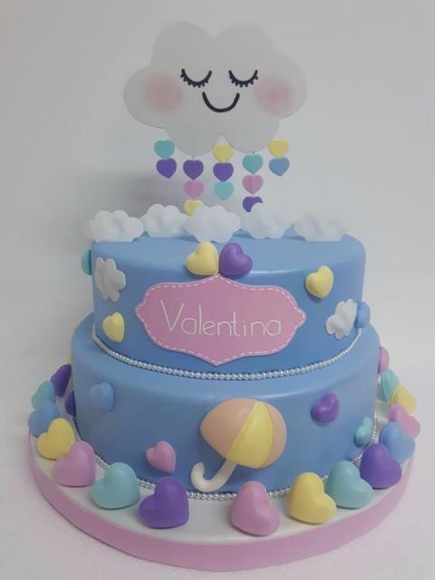 bolo fake chuva de amor azul com dois andares