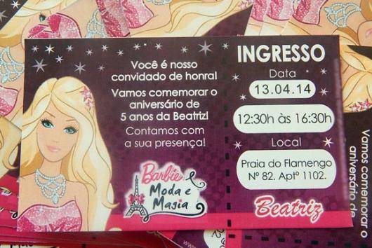 Modelo diferente de convite da Barbie Princesa