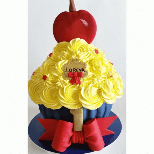 Capriche na decoração do cupcake de Branca de Neve