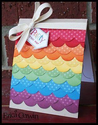 Convite scrap com laço para festa arco-íris