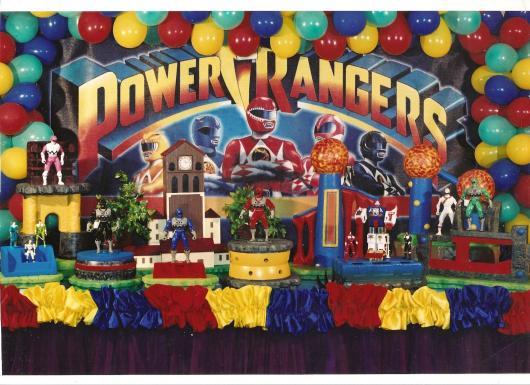 75 inspirações e ideias para montar uma festa Power Rangers inesquecível!