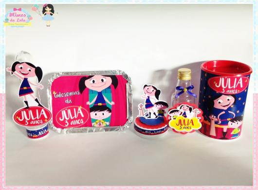 Kit personalizado com lembrancinhas Show da Luna