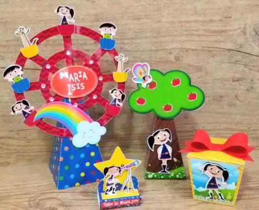 Itens divertidos para decorar festa do Show da Luna