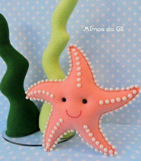 Lembrancinha Pequena Sereia de Feltro: estrela do mar com pérolas