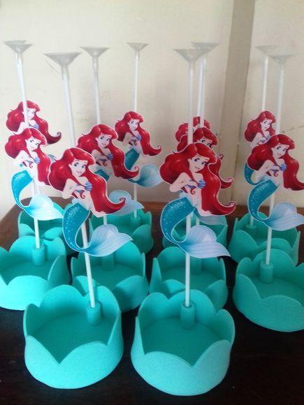 Lembrancinha Pequena Sereia de EVA: centro de mesa com pega balão
