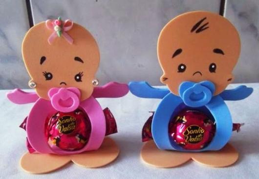 Lembrancinha simples para chá de bebê porta bombom