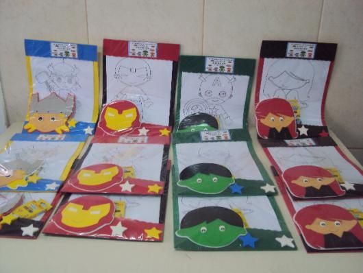 Muitos desenhos para pintar!