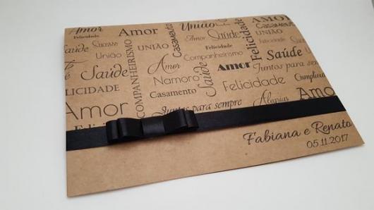 Papel para convite: convite de casamento em papel kraft com laço preto