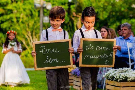 Plaquinhas para casamento para entrada da noiva com modelo de lousa