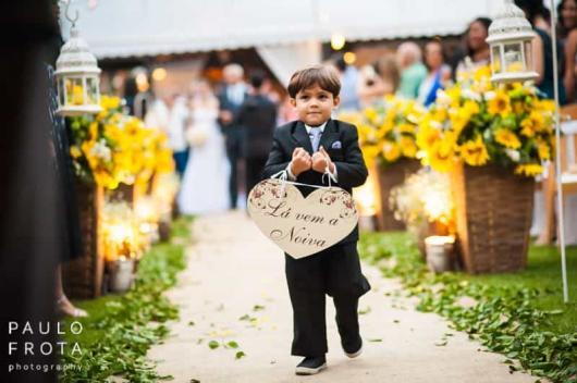 Plaquinhas para casamento para entrada da noiva com formato de coração