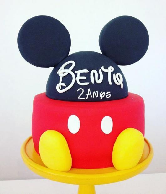 Bolo criativo do Mickey para festa de 2 anos