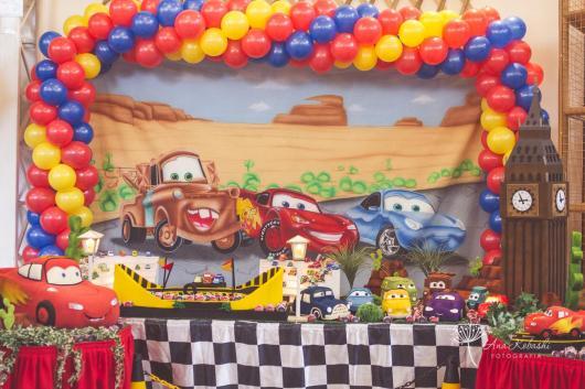 Aniversário de 2 anos com tema Carros