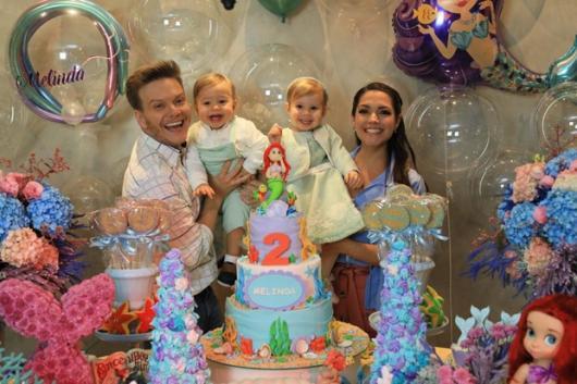 Michel Teló e Thais Fersoza fizeram aniversário de 2 anos da filha Melinda com tema Sereia