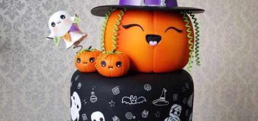 Bolo Halloween fake com decoração de abóbora