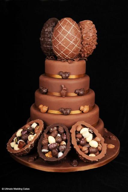Bolos diferentes: Decoração com chocolate e ovos de páscoa