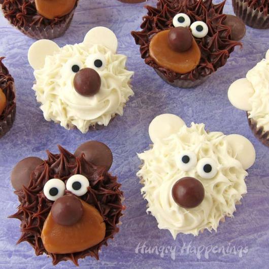 Cupcake Chá de Bebê: Ursinho de chocolate