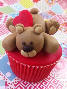 Cupcake Chá de Bebê: Ursinho marrom