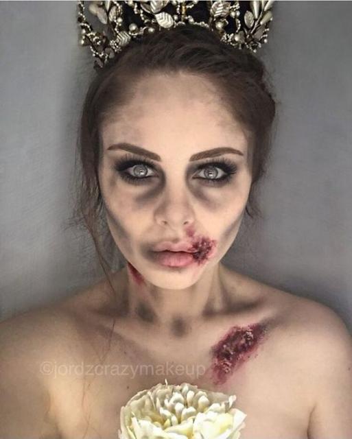 Fantasia de zumbi feminina: Maquiagem