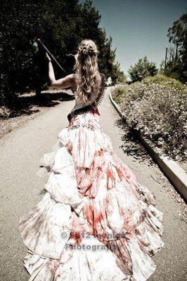 Fantasia de zumbi feminina: Noiva com vestido longo