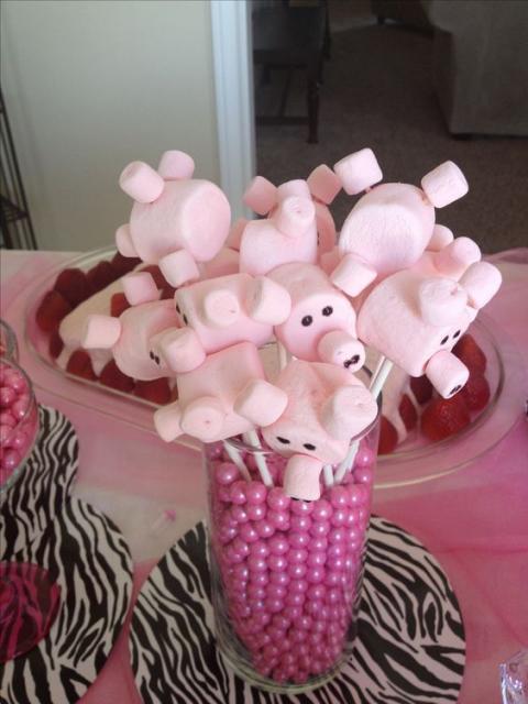 Festa fazendinha rosa decoração simples doces personalizados