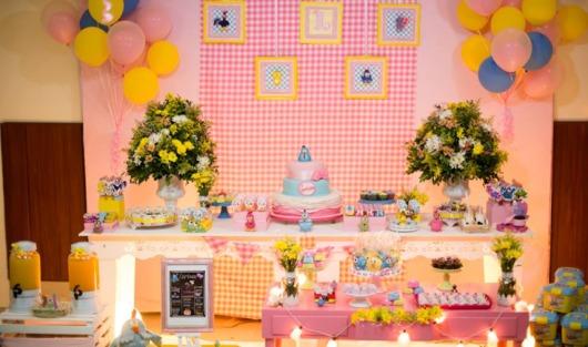 festa rosa e amarela