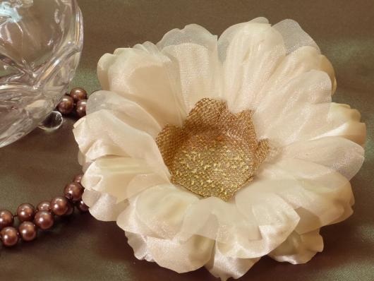 Forminhas para doces finos de tecido: Branca