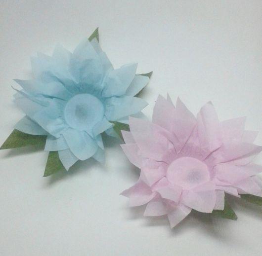 Forminhas para doces finos de papel crepom azul