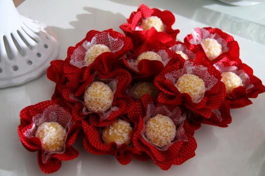Forminhas para doces finos vermelha
