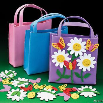 Lembrancinhas Primavera sacola surpresa personalizada com flores