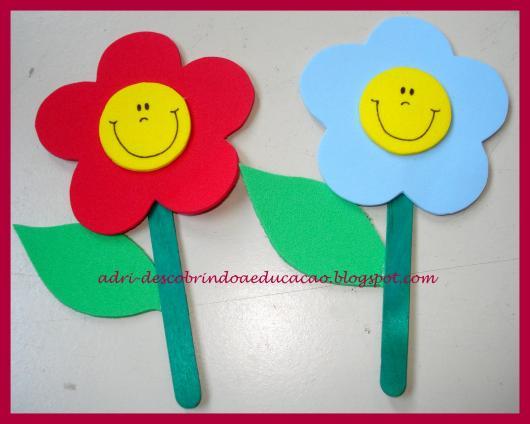 Lembrancinhas Primavera lixa de unha com aplique de flor