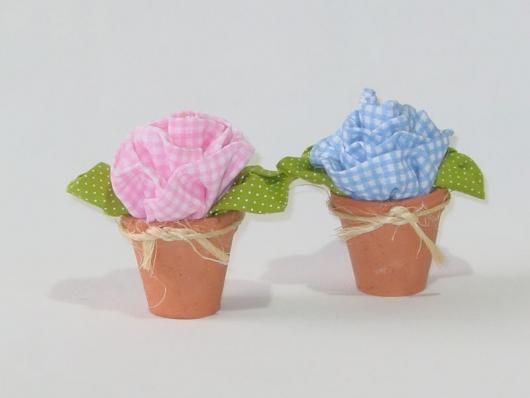 Lembrancinhas Primavera vasinho com flor de tecido