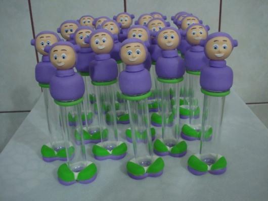 Decore os tubetes com biscuit com tema Toy Story