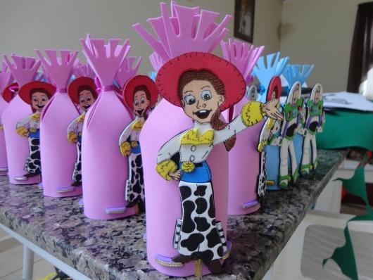 EVA pode se tornar lembrancinhas Toy Story para meninos e meninas