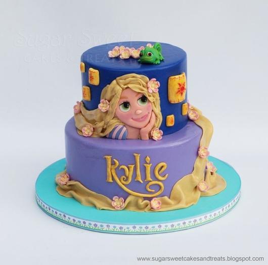 Dica de bolo de dois andares da Rapunzel