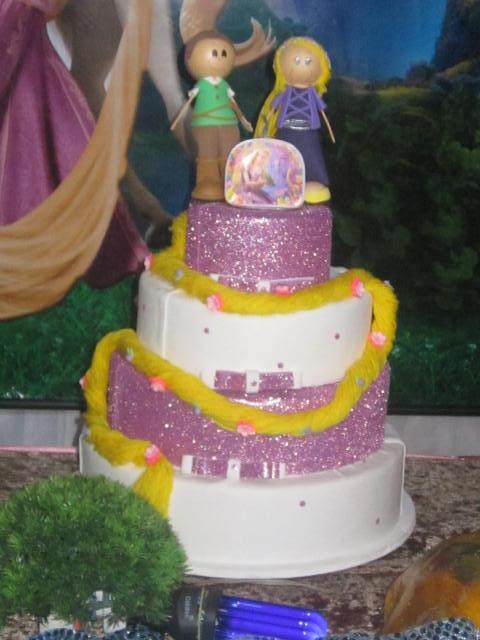 Decoração de bolo fake com glitter