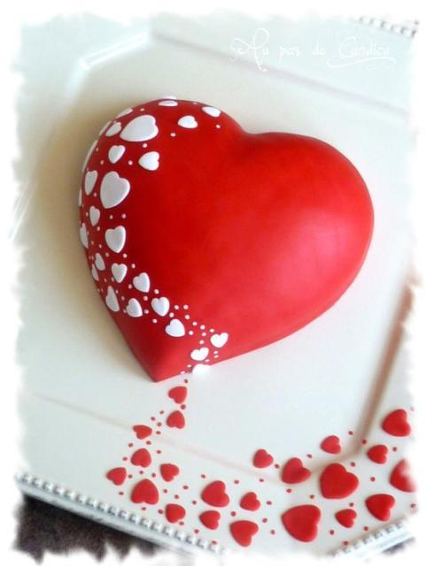 Bolo de coração: Vermelho com branco