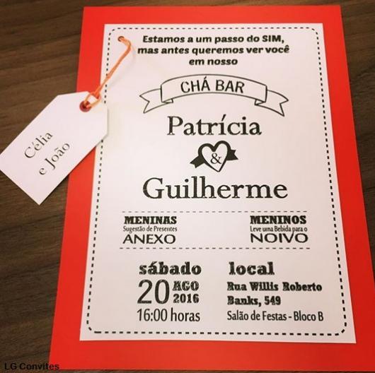 Chá Bar: Convite vermelho e branco