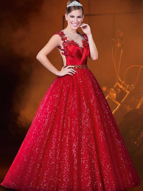 Como organizar uma festa de 15 anos: Vestido para debutante vermelho
