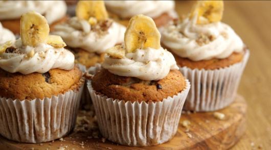 Cupcakes de banana para festas fitness