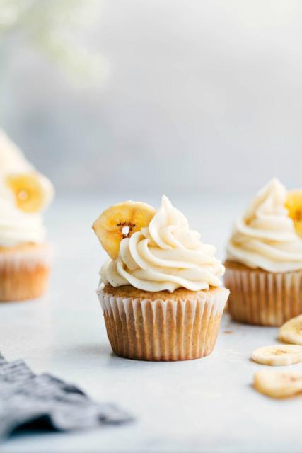 Decore seu cupcake com uma fatia de banana